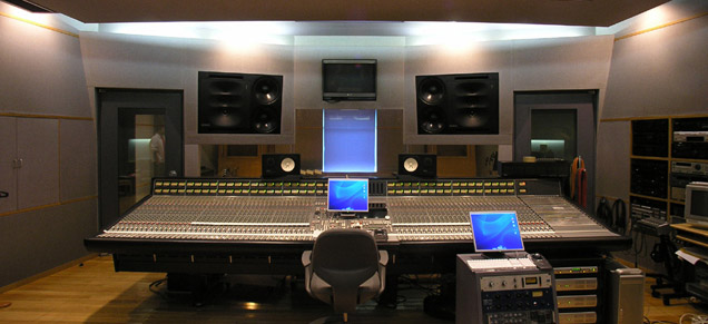 warner_music_studio_1.jpg